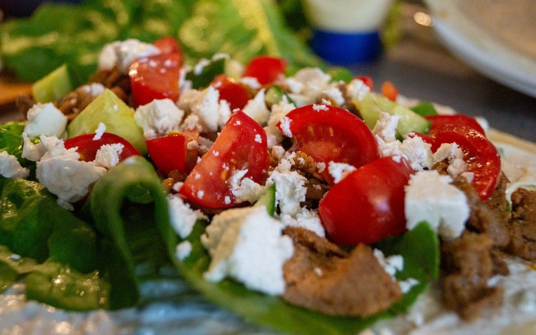 Leichte Sommersalate für Fleischtiger